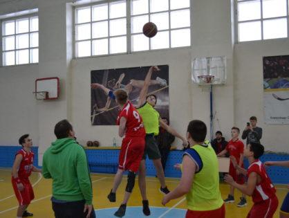 Баскетбольный турнир имени Михаила Машина